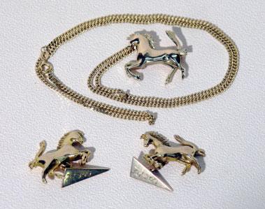 Lot 4-Gold Ferrari Jewellery
