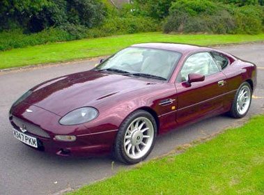 Lot 19-1995 Aston Martin DB7