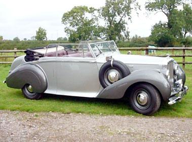 Lot 27-1949 Bentley MK VI Park Ward Drophead Coupe
