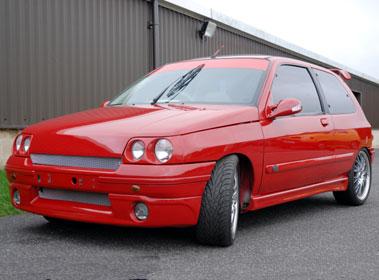 Lot 37-1996 Renault Clio RT