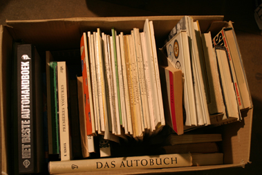 Lot 146-Quantity of Foreign Language Motoring Books