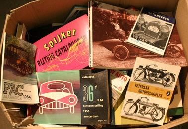 Lot 147-Quantity of Foreign Language Motoring Books