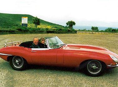 Lot 51-1965 Jaguar E-Type 4.2 Roadster
