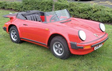 Lot 220-Porsche 911 Convertible Childs' Car