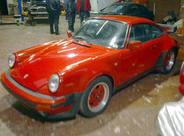 Lot 82-1984 Porsche 911 Carrera