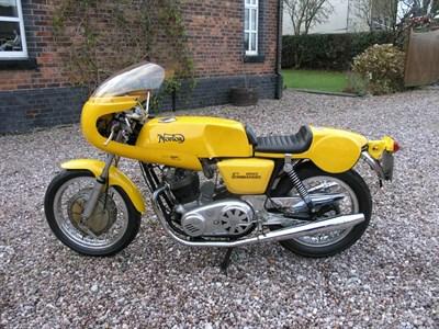 Lot 42-1975 Norton Commando 850 Cafe Racer