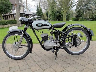Lot 24 - 1955 Villof 125