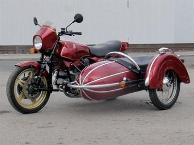Lot 10-1983 Hesketh V1000 Combination