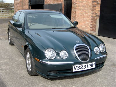 Lot 4-1999 Jaguar S-Type 3.0