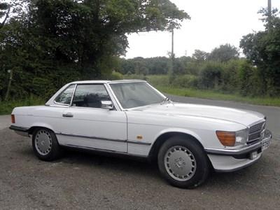 Lot 56-1988 Mercedes-Benz 420 SL