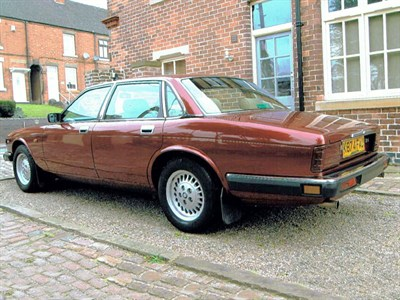 Lot 6-1992 Jaguar XJ6 4.0