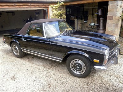 Lot 14-1971 Mercedes-Benz 280 SL
