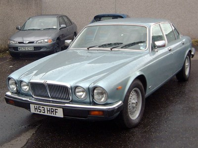 Lot 5-1990 Jaguar XJ12 Sovereign