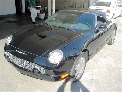 Lot 39-2002 Ford Thunderbird Convertible