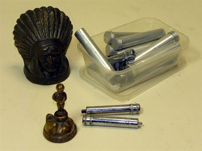Lot 301-Assorted Automobilia