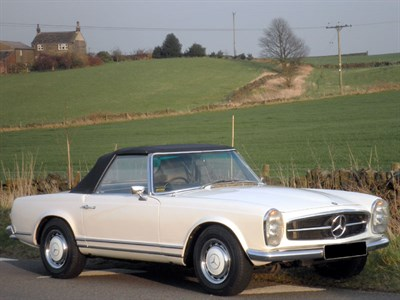 Lot 24-1968 Mercedes-Benz 250 SL
