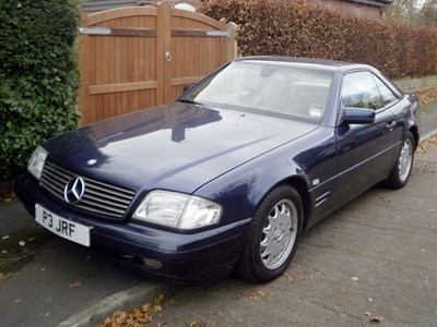 Lot 7-1996 Mercedes-Benz SL 280