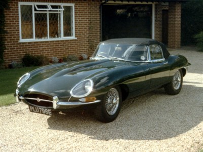 Lot 57 - 1967 Jaguar E-Type 4.2 Roadster