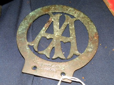 Lot 315 - An Early AA Badge