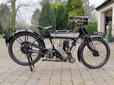 Lot 9 - 1927 Levis Model M
