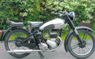 Lot 20 - 1952 BSA C10