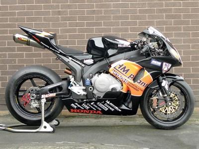 Lot 10 - 2006 Honda CBR1000RR
