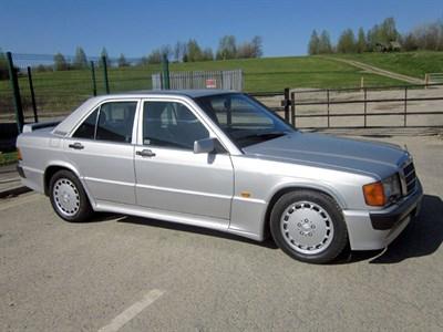Lot 75-1990 Mercedes-Benz 190 E 2.5-16