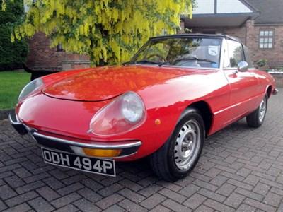 Lot 8 - 1976 Alfa Romeo 2000 Spider Veloce