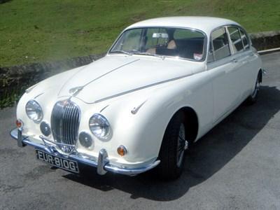 Lot 5 - 1968 Jaguar 340