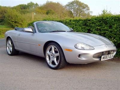 Lot 27 - 2000 Jaguar XKR Silverstone Convertible