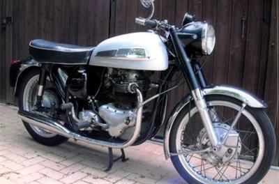 Lot 4 - 1962 Norton 650 SS
