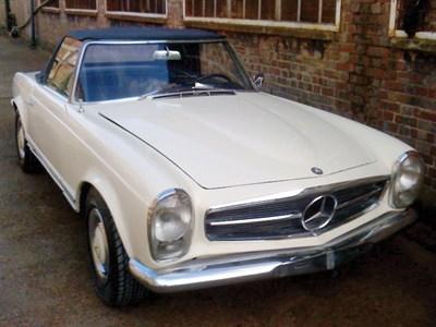 Lot 82-1964 Mercedes-Benz 230 SL
