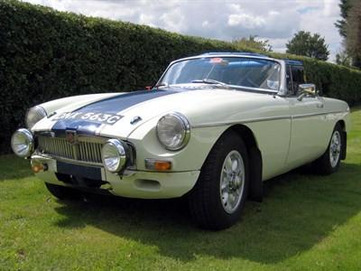 Lot 80 - 1965 MG B Roadster
