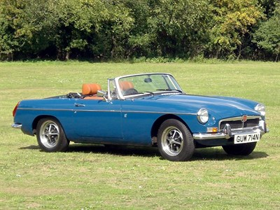 Lot 8 - 1974 MG B Roadster
