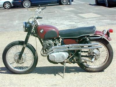 Lot 23 - 1966 Honda CL72