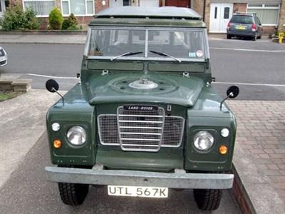 Lot 3-1971 Land Rover 109 De Luxe 'Safari'