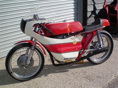 Lot 17-1965 Ducati 175