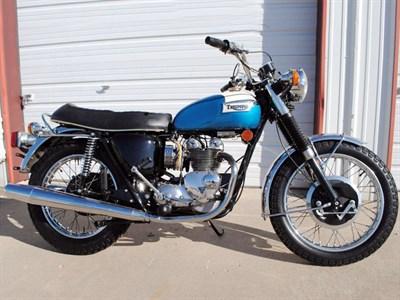Lot 10-1973 Triumph T100 Daytona