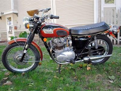 Lot 27-1971 Triumph T100 Daytona