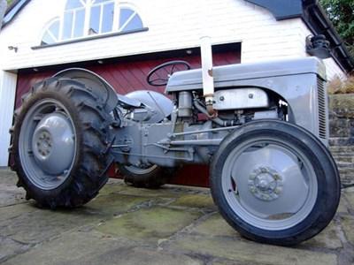 Lot 20-1952 Ferguson TE20