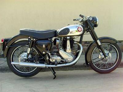Lot 41-1956 BSA B31