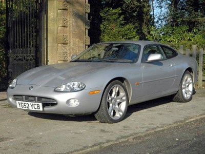 Lot 34-2002 Jaguar XK8 Coupe
