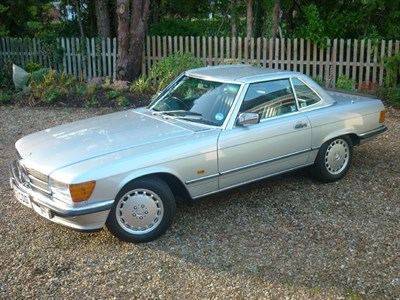 Lot 54-1987 Mercedes-Benz 300 SL