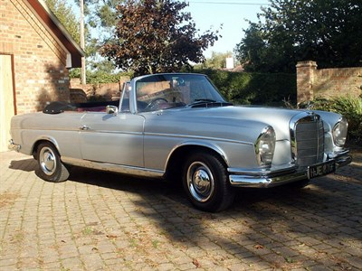 Lot 50 - 1967 Mercedes-Benz 300 SE Cabriolet
