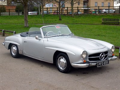 Lot 25 - 1960 Mercedes-Benz 190 SL