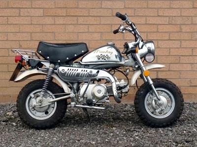 Lot 1-2000 Easy Rider M50 Millenium