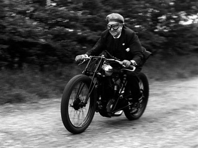Lot 39 - 1922 Brough Superior SS80 'Old Bill'