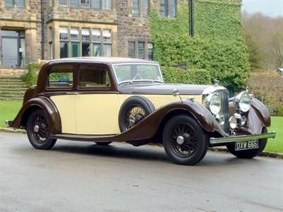 Lot 8 - 1937 Bentley 4.25 Litre Vanden Plas Pillarless Saloon