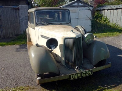 Lot 40-1938 Armstrong Siddeley 17 Limousine