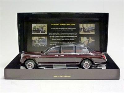Lot 40 - Model Bentley State Limousine of Her Majesty Queen Elizabeth & Gold Badge
